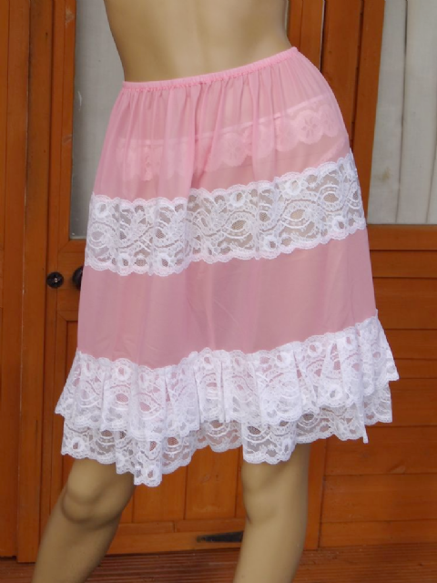 "EXQUISITE HANDMADE 2 TIERED SEMI SEE THRU NYLON PETTICOAT  SIZE:- UK 18-24  WAIST:-30-60""  #B19"